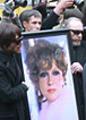 Гурченко похоронили под залпы почётного караула