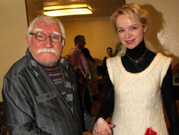 Работники Театра Армена Джигарханяна подали нанего всуд