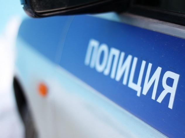 ВПетербурге милиция задержала актрису театра засцену самоубийства