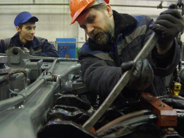 Минтруд: россиянам поднимут зарплату