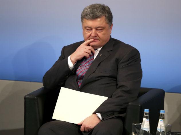 Экс-чиновник Рады обвинил Порошенко вподготовке побега вИспанию