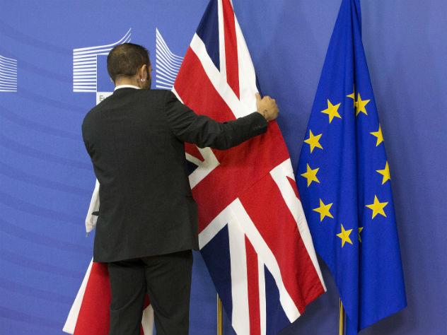 Великобританию могут не выпустить из ЕС