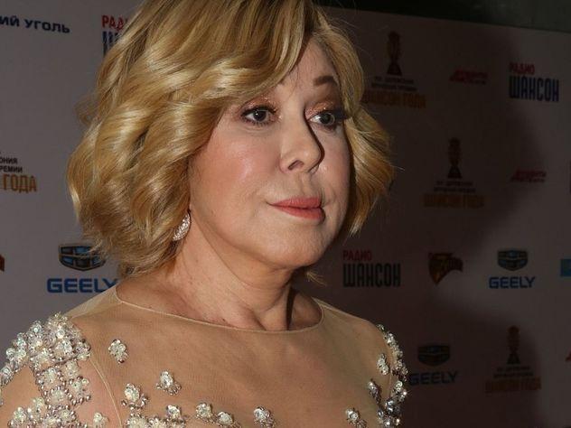 63-летняя эстрадная певица Любовь Успенская удивила почитателей своим «голым» нарядом