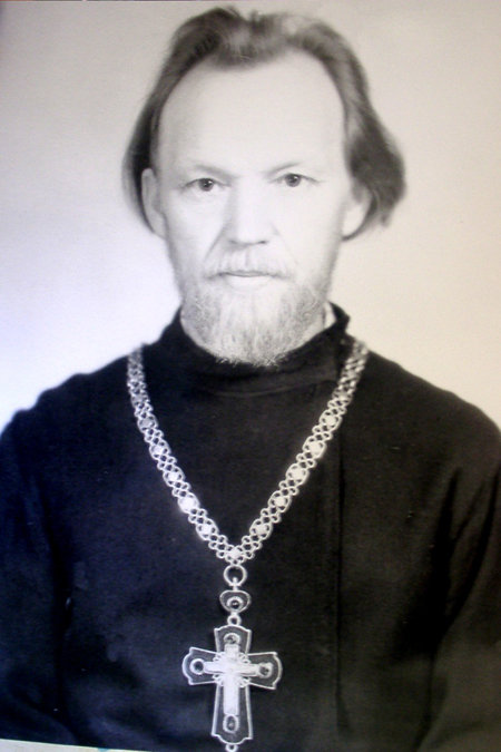 Отец Владимир вырастил замечательных детей