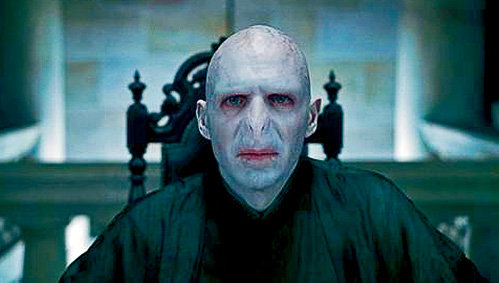 Рэйф ФАЙНС в гриме Волдеморта - самый ужасный киноперсонаж после Дарта Вейдера из «Звёздных войн»