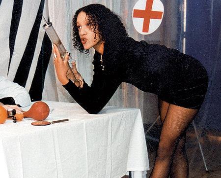 Звезда телешоу «50х50» Дина ДИ покорила Ваню сексуальной раскрепощенностью