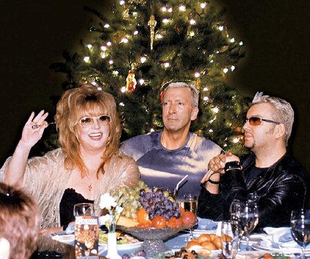 Алла Борисовна завела традицию встречать Новый год у БУЙНОВЫХ ещё во время своего брака с Филиппом КИРКОРОВЫМ