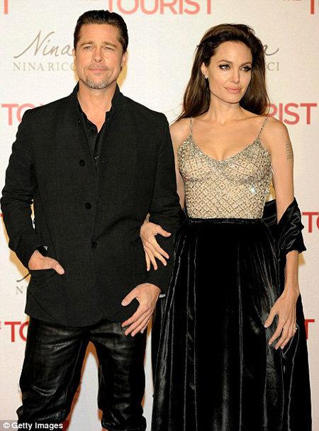 Питт и Джоли на премьере фильма Турист в Мадриде