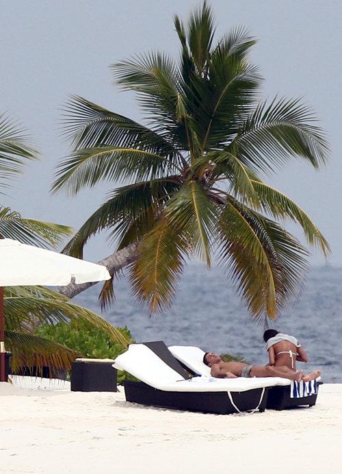 Криштиану РОНАЛДУ и Ирина ШЕЙК на Мальдивах. Фото: Splash/All Over Press