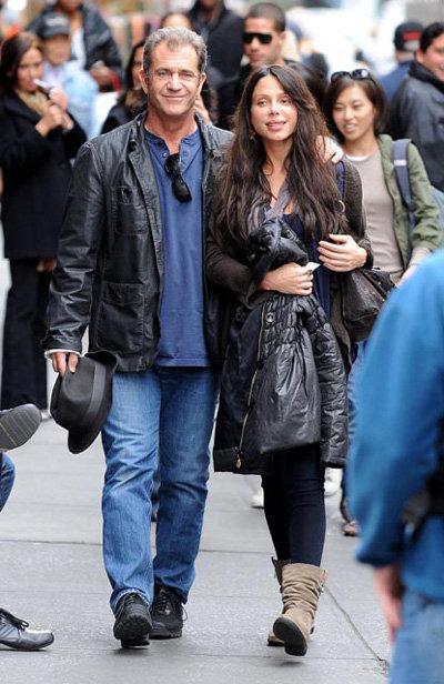 Когда Оксана ждала Люсию, эта пара выглядела вполне счастливой