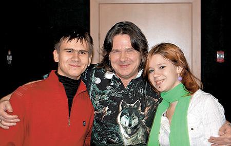 Чиж с сыном Мишей и дочерью Дашей