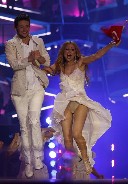 Азербайджанский дуэт Эльдар ГАСЫМОВ и Нигяр ДЖАМАЛЬ. Фото: Daily Mail