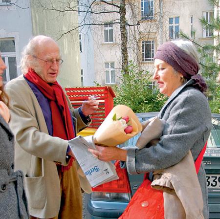 Жену Катарину писатель называет по-русски - Катей