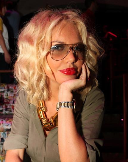 Через полтора месяца после родов Маша уже зажигала на открытии ночного клуба в Одессе. Фото из