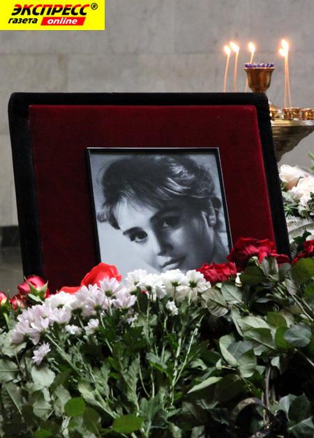 Жанна ПРОХОРЕНКО была настоящей звездой советского кино