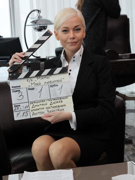 КОРИКОВА сыграла в картине секретаршу
