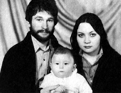 Через год после знакомства в кафе «Метелица» Игорь и Татьяна поженились, а ещё спустя год у них родился сын (1982 г.)