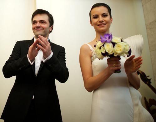 это зураб енделадзе фото жены и свадьбы единственный элемент сервировки