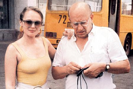 Ирина боготворила своего мужа Евгения ЕВСТИГНЕЕВА. 20 лет назад, 4 марта 1992 года, он скончался в одной из клиник Лондона накануне операции на сердце