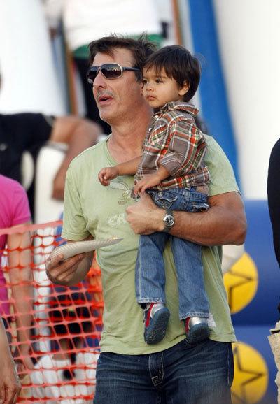 Крис НОТ с сыном Орионом
