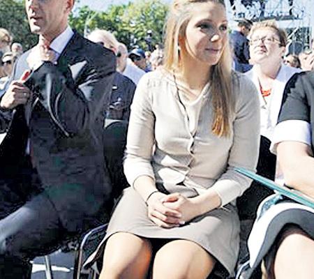 Фото тимошенко под юбкой