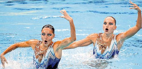 Прекрасный дуэт чемпионок ДАВЫДОВА - ЕРМАКОВА (справа) распался после Олимпиады в Пекине