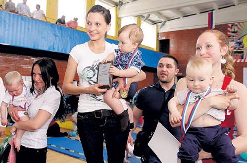 Победителям вручили медали, грамоты и игрушки