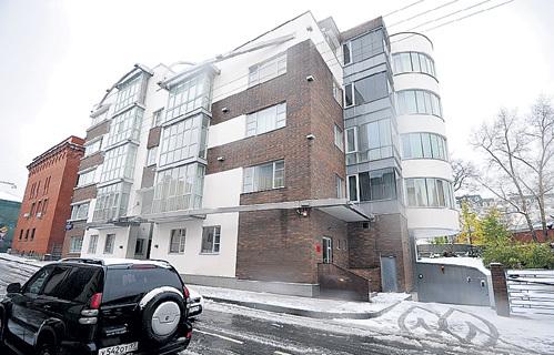 Тот самый элитный дом в Молочном переулке, где ВАСИЛЬЕВА отхватила 13-комнатную квартиру. Фото Анатолия ЖДАНОВА/«Комсомольская правда»