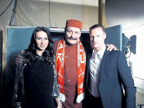 На съёмках Вячеслав познакомил жену Катю с актёром Дмитрием НАЗАРОВЫМ