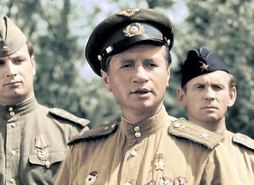 Леонид БЫКОВ после выхода картины «В бой идут одни старики» несколько лет сидел без работы