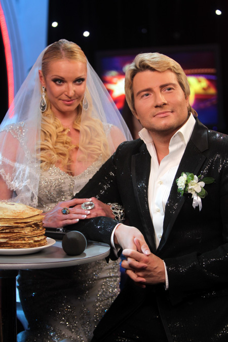 Еще совсем недавно Настя клялась в любви БАСКОВУ и намекала, что собирается за него замуж (фото Руслана ВОРОНОГО)