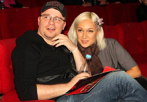 Супруга шоумена бьётся за каждую копейку (фото Бориса КУДРЯВОВА)