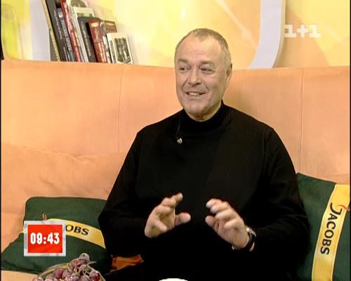 О пополнении в семействе  Ирины и Сергея БЕЗРУКОВЫХ рассказал счастливый дедушка Виталий БЕЗРУКОВ (кадр телеканала