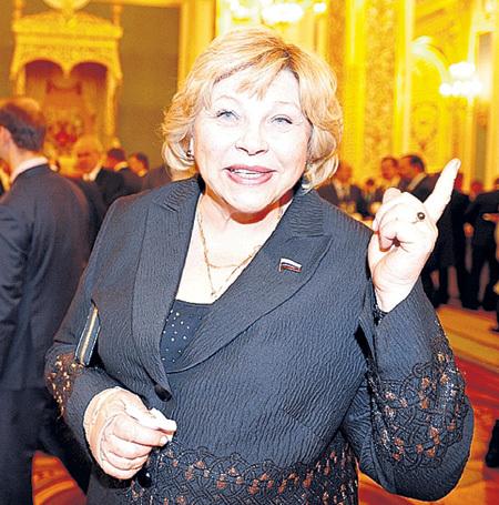 Елена Григорьевна запретила мужу видеться с дочерью Настей и внучкой Варей