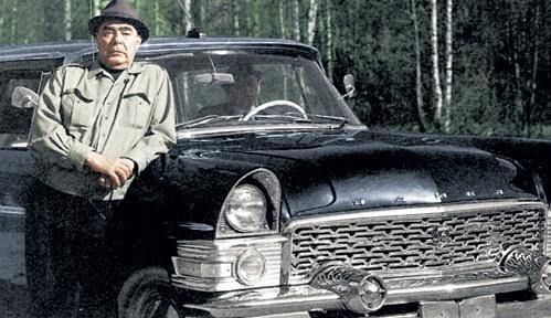 Шикарную «Чайку» Леонид Ильич презентовал зятю Гене