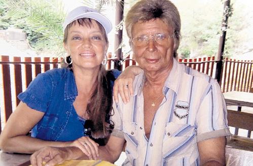 Наталия ТРУБНИКОВА называет свою семью «итальянской». На фото она с мужем - балетмейстером Анатолием КУЛАКОВЫМ