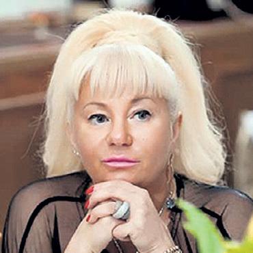 Елена ДЕРГУНОВА... Фото: avtograf-nv.ru