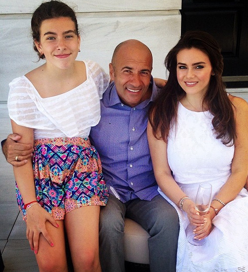 Игорь КРУТОЙ с дочерьми