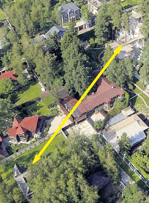 От дома Альберта ФИЛОЗОВА до особняка Анатолия ЧУБАЙСА - несколько десятков метров