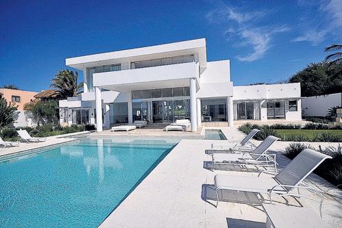 Пляжный дом в Мексике ПЭЛТРОУ сняла за $22 тыс. в неделю