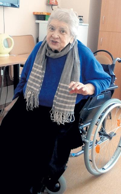 Из-за распрей с дочерьми Екатерина СЕМЁНОВА больше года жила в больнице города Троицка