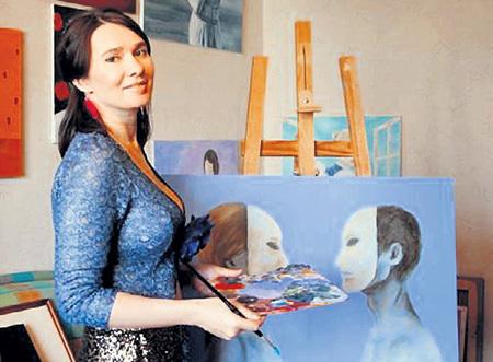 Начинала Ирина как обычный художник. Фото: Facebook.com