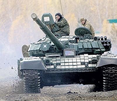 Суперпрочный сплав сделает наши машины и бронежилеты непробиваемыми (Фото Алексея БУЛАТОВА/«Комсомольская правда»)