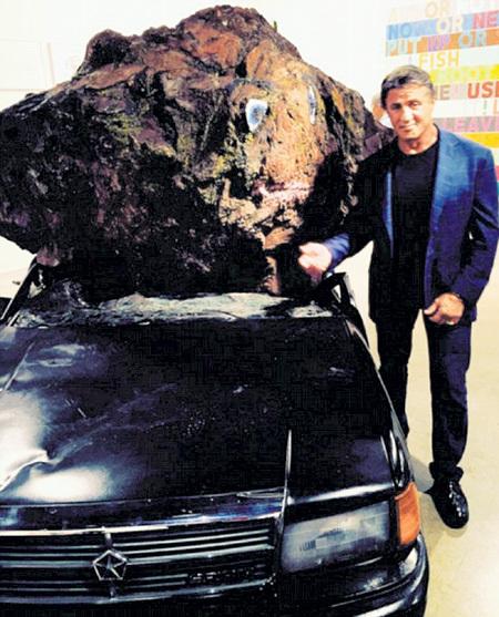 На выставке «Art Basel» Сильвестра СТАЛЛОНЕ шедевры современного искусства притягивали, как гравитация камень