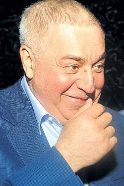 Михаил ГУЦЕРИЕВ: и швец, и жнец, и на дуде игрец