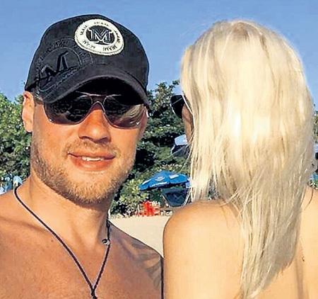 Лена и Юра вместе полтора года, но пока не афишируют свои отношения. Фото: Instagram.com