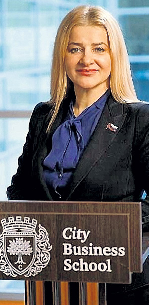 Ольга КОСЕЦ считает, что ИСМАИЛОВ ограбил россиян