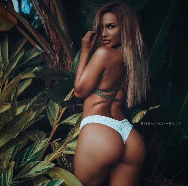 Такая красотка, как Росанна Аркл не затеряется даже в джунглях… instagram.com/rosannaarkle
