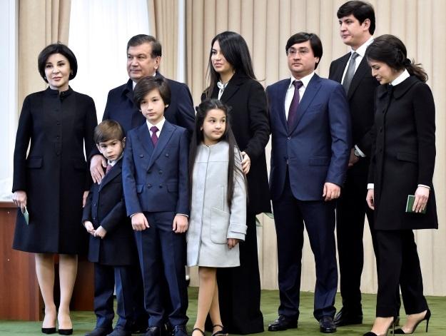 Шавкат Мерзиёев с семьей (Фото: © reuters.com)
