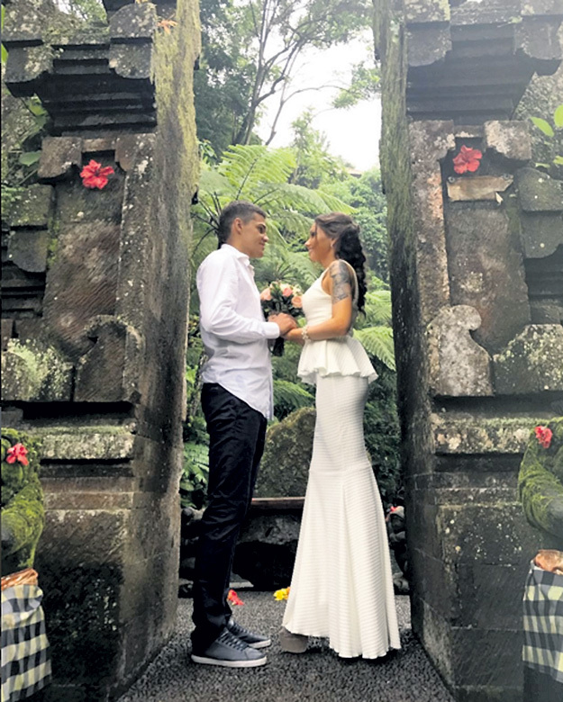 Роман и Рамина на Бали смогли дважды «войти в одну и ту же воду»